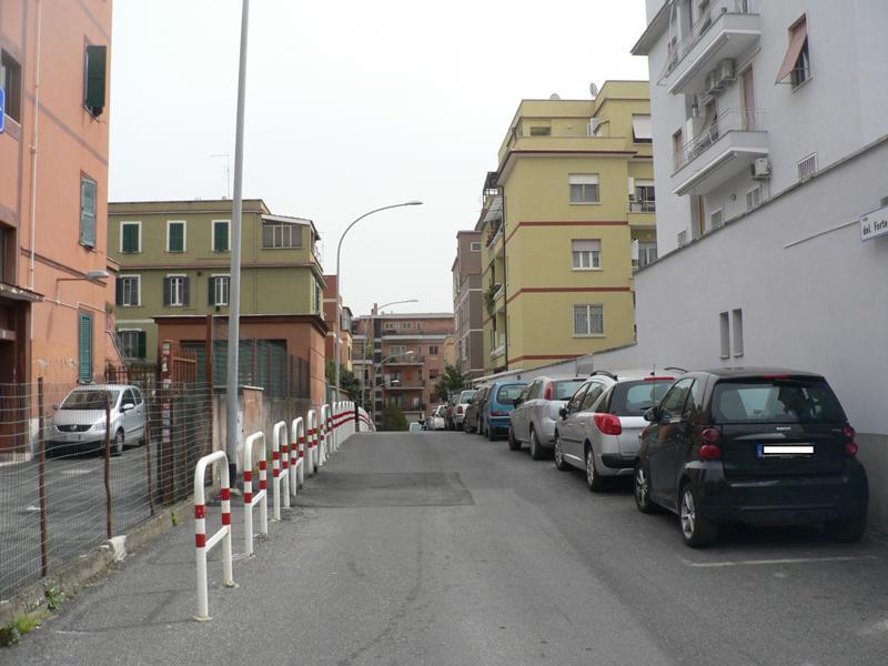Portuense appartamento in vendita appartamento in for Monolocale arredato quarto napoli