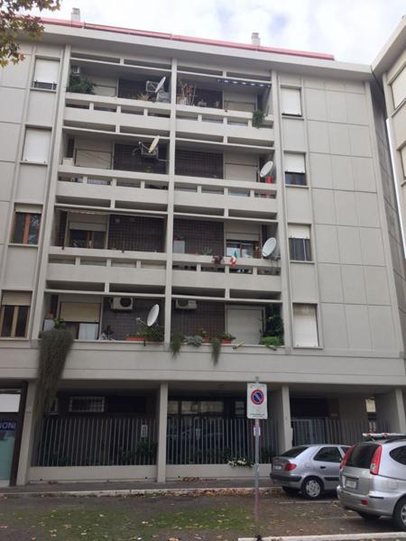 Via del mare ostiense appartamento in vendita for Affitto ufficio ostia
