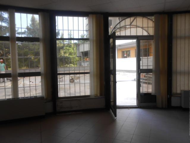 Tiburtino locali uso ufficio in vendita locali uso for Immobili uso ufficio roma