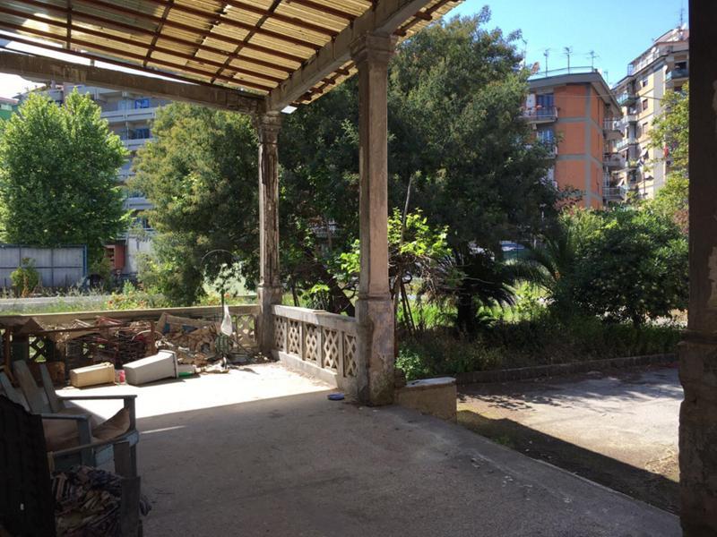 Villa In Vendita Vomero